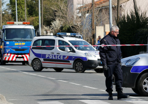 Three Killed in France in Shooting, Supermarket Hostage-Taking
