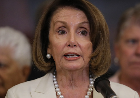 Pelosi Reaches Deal With Dem Critics, Likely to Become House Speaker