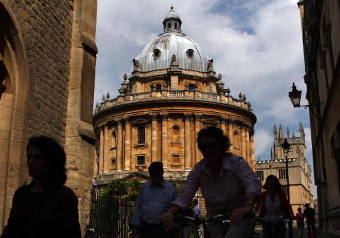 Oxford Group Behind Russian Disinformation Report Was Also Behind Study Labeling Conservative News Outlets 'Junk News'