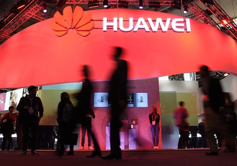 Trump Hits Huawei With Export Controls