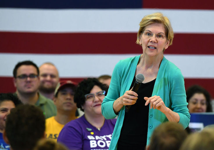 After Blasting Amazon, Warren, Sanders Campaigns Spend Thousands on Site